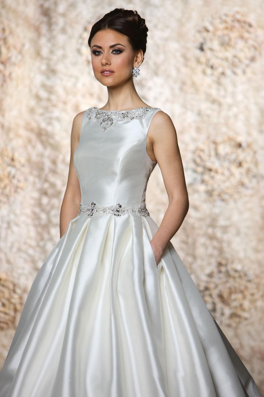 impression bridal store find the perfect wedding dress bridesmaid dress prom dress flower. Black Bedroom Furniture Sets. Home Design Ideas