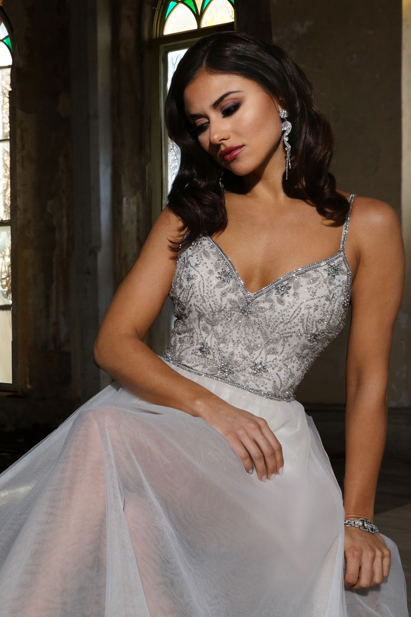 Name: CLAIRE (Style: 13048)